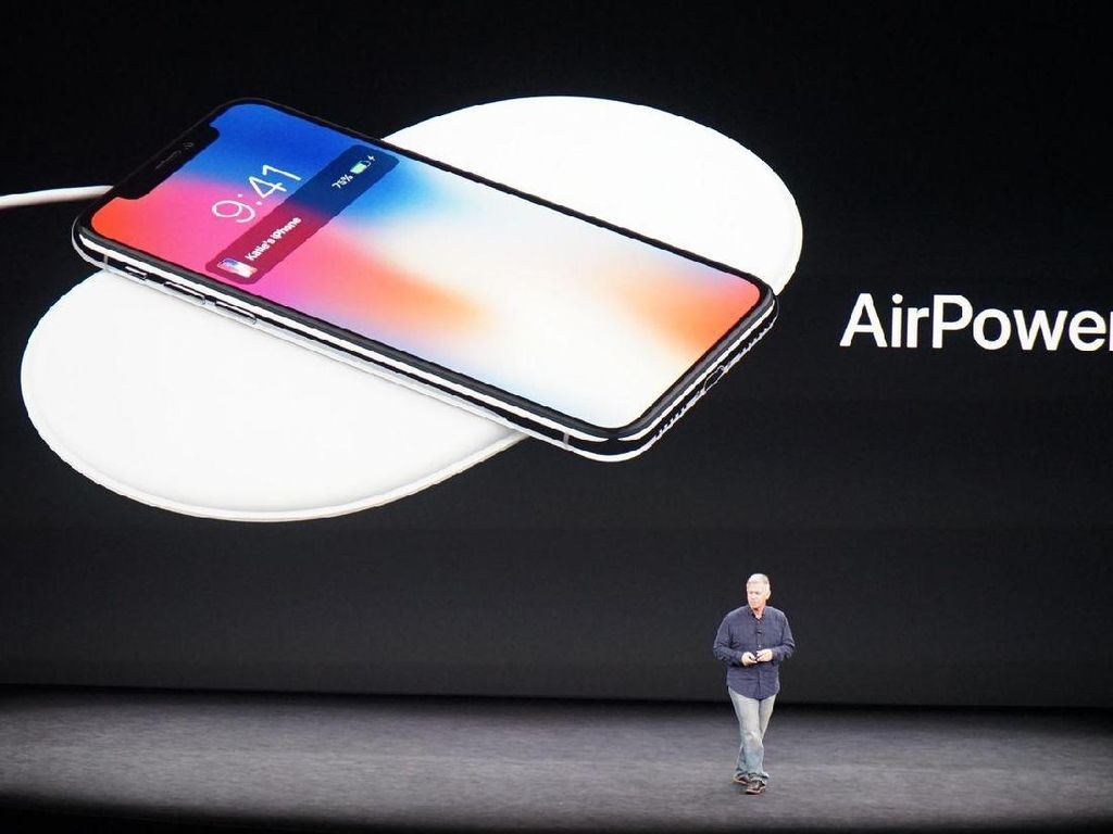 Apple Oper Produksi Charger Wireless ke Logitech?