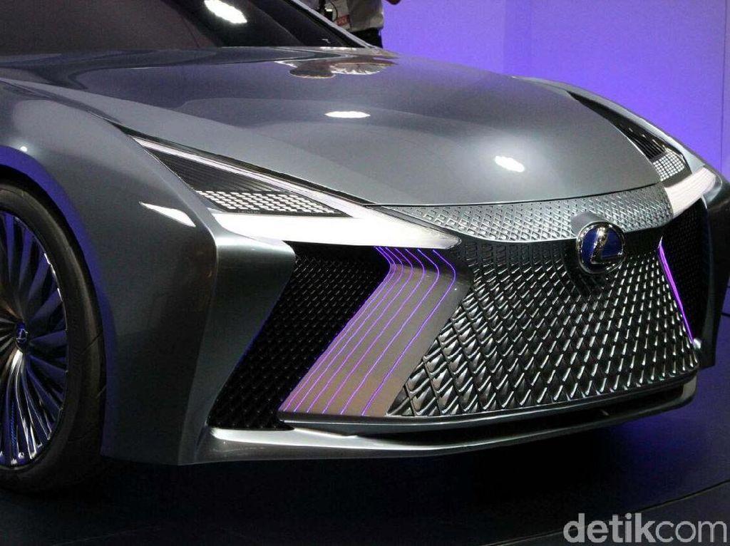Mobil Tanpa Sopir Lexus