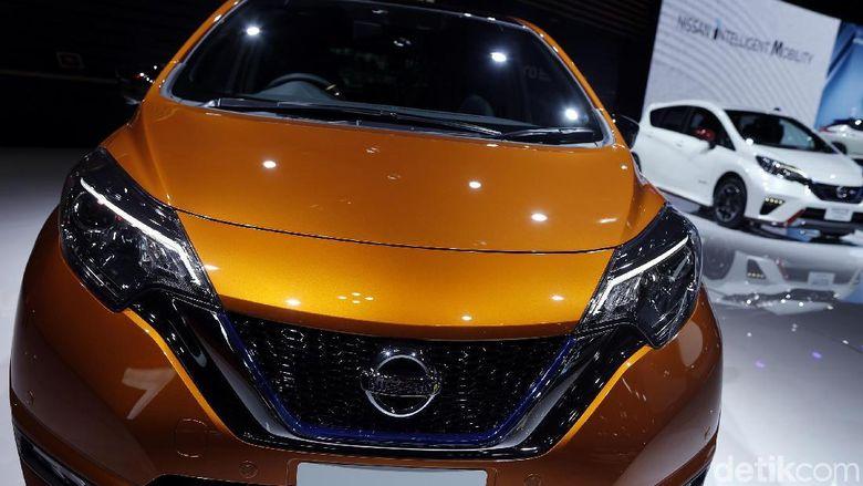 Enaknya Mobil Listrik Nissan, Nggak Perlu Dicas di Jalan