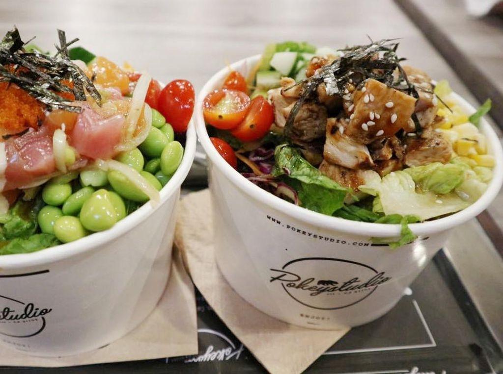 Pokey Studio: Nyamm! Segar Sehat Poke Bowl Tuna, Salmon dan Ayam Panggang