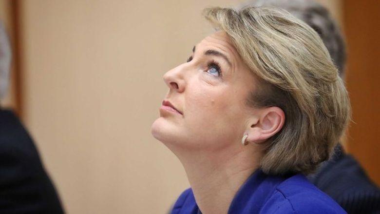 Menteri Tenaga Kerja Australia Diminta Mundur