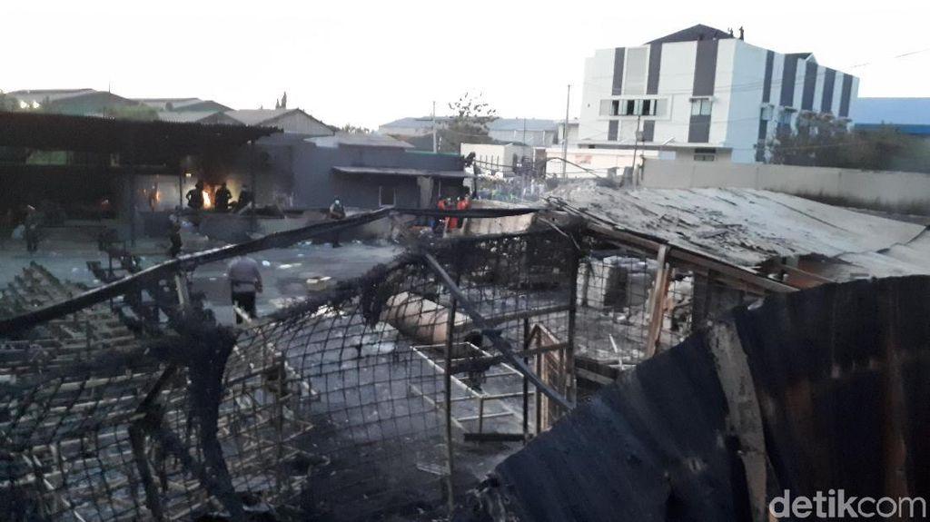 Hangus Terbakar, Ini Bagian Dalam Pabrik Kembang Api yang Meledak