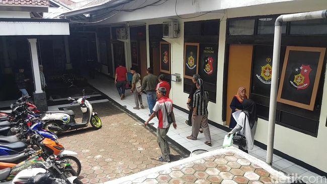 Bandingkan Gaji Guru dan Pembantu, Warganet Sukabumi Dipolisikan