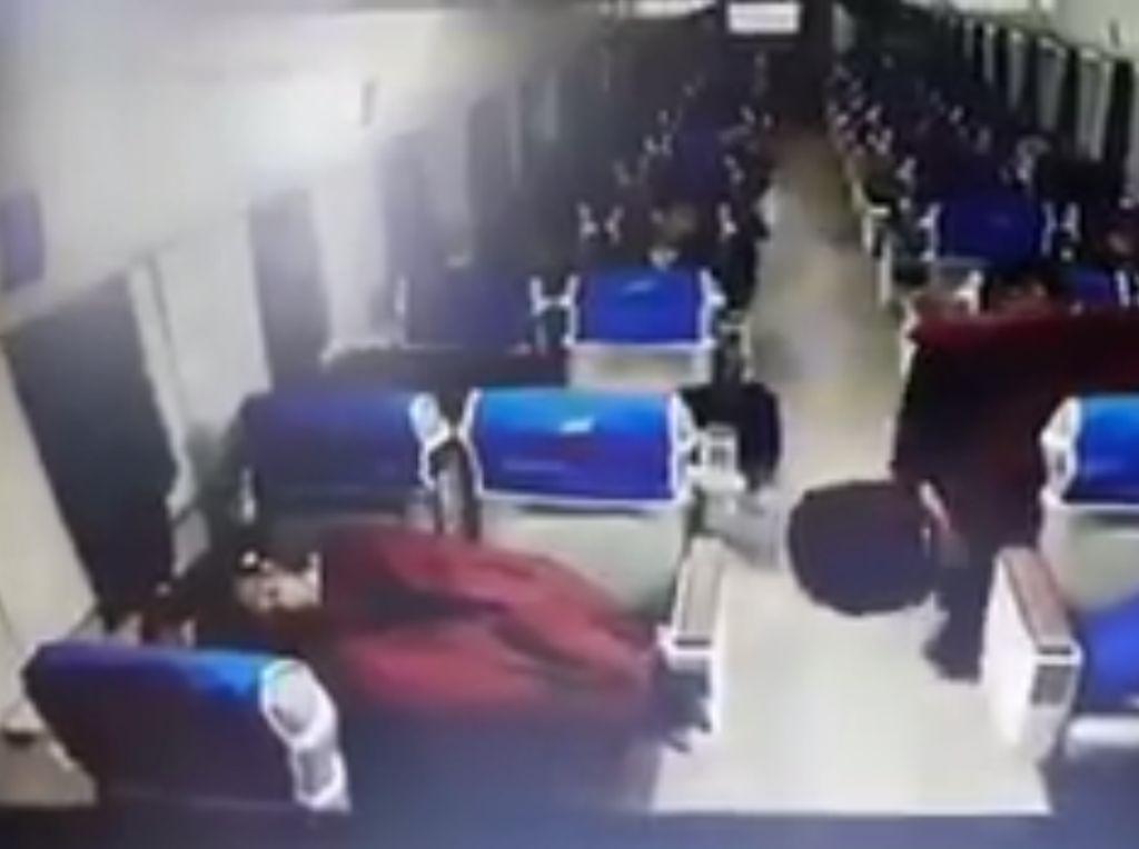 1 Pencuri di KA yang Viral Ditangkap, 1 Lainnya Dikejar