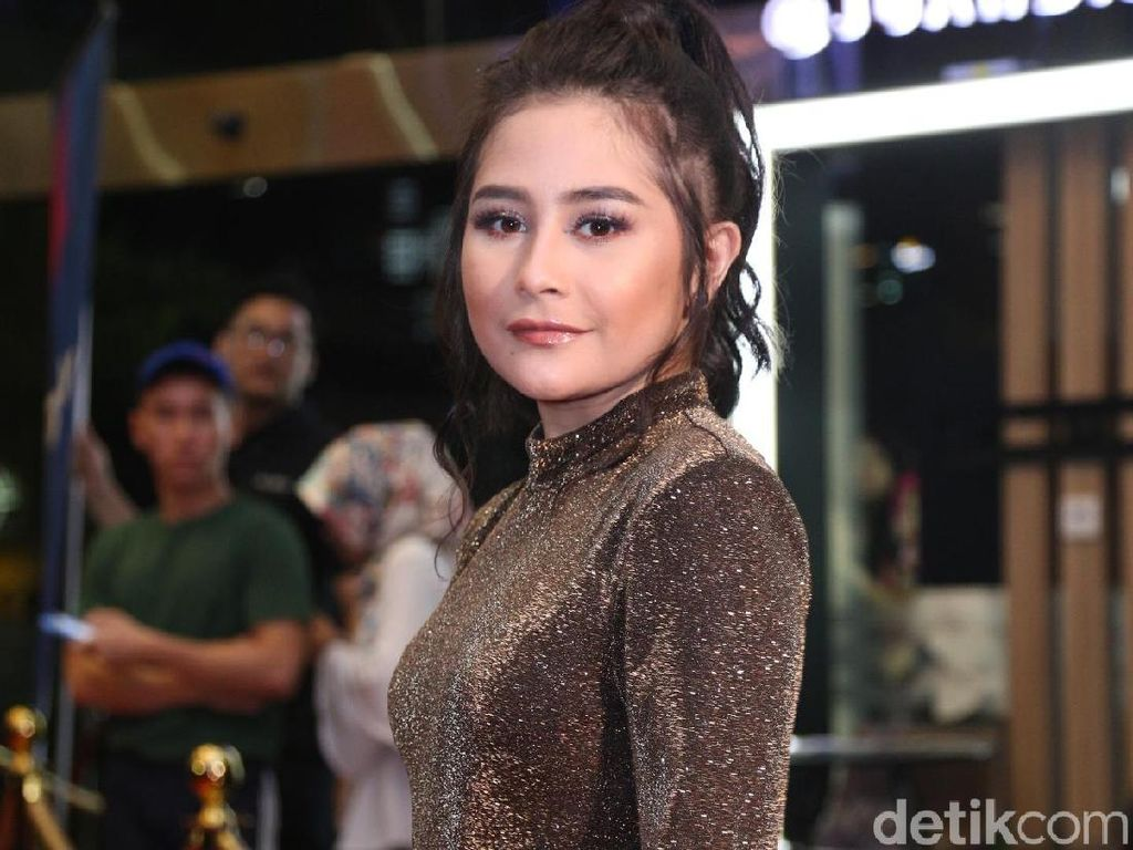 Bisnis Kue, Prilly Latuconsina Yakin Namanya Bikin Pembeli Makin Percaya