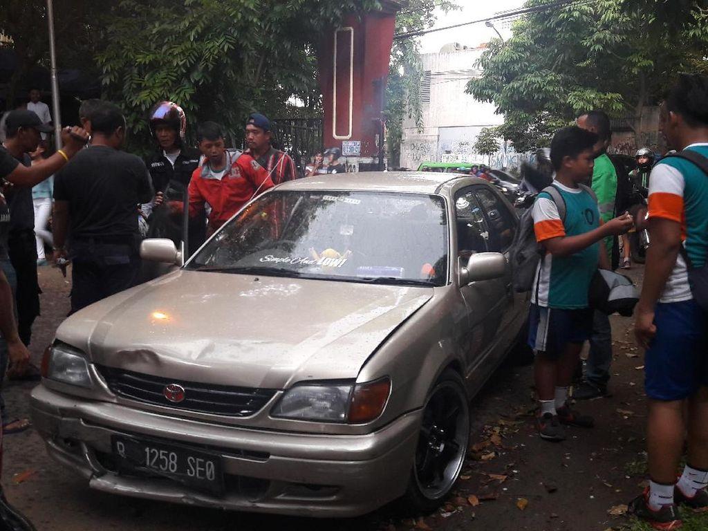 Pelajar SMP di Bogor Nyaris Diamuk Massa karena Mobilnya Tabrak Lari