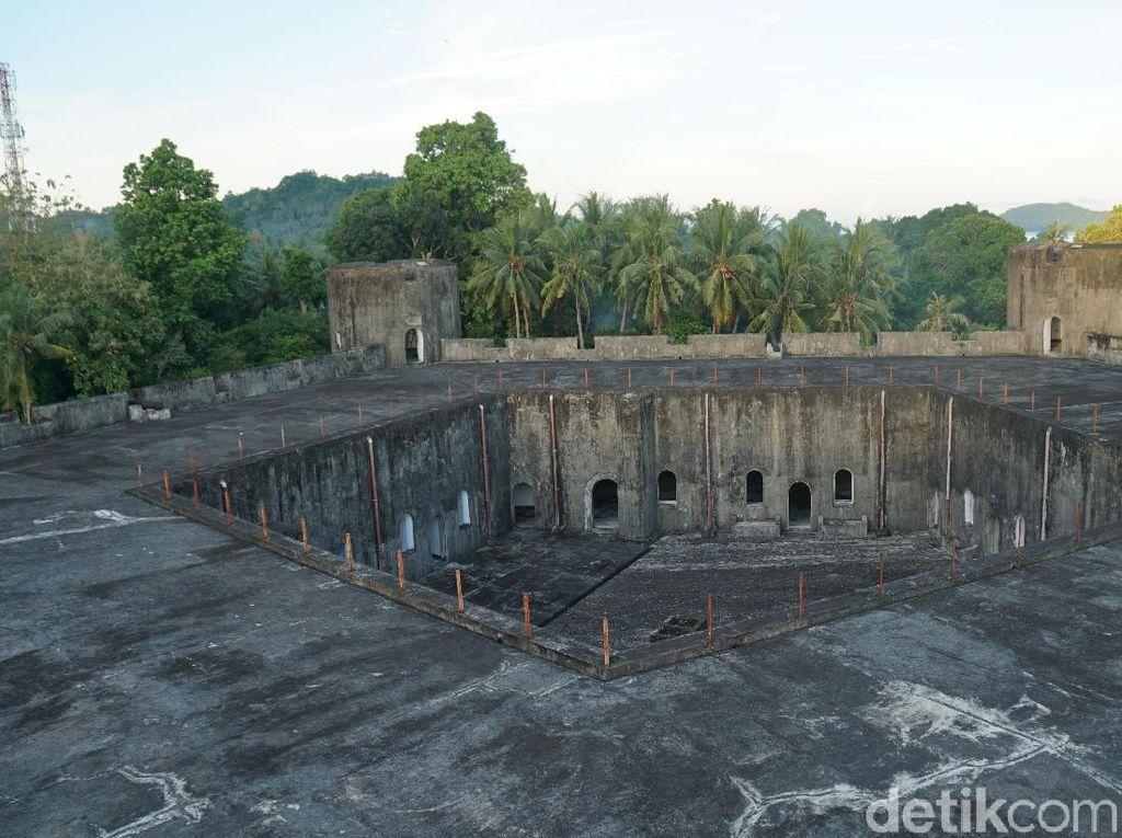 Foto: Bukan Pentagon, Ini Benteng Belgica di Banda Neira