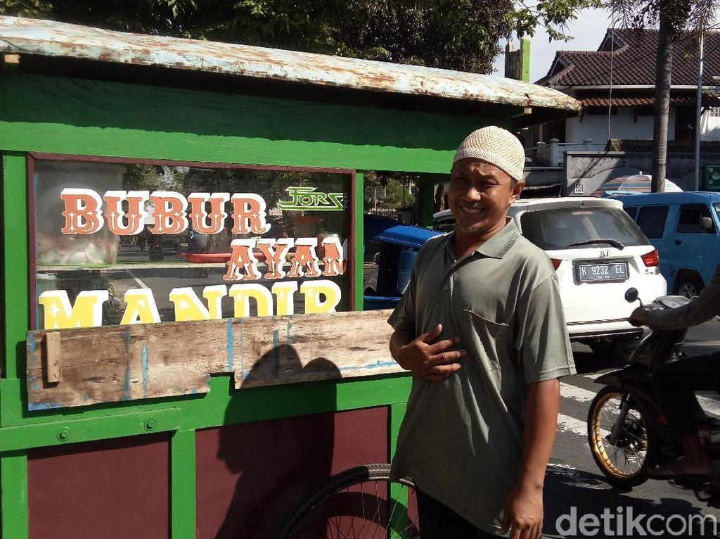 Gratis Tiap Jumat, Tukang Bubur di Salatiga Ini Simpan Asa Naik Haji