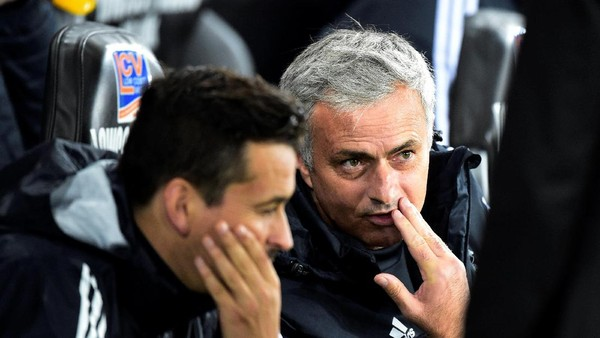 Mourinho Saluti Kejujuran Herrera Soal Performa Tim