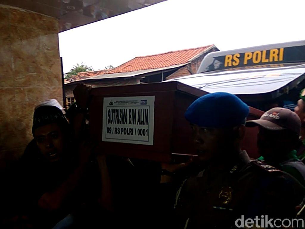 2 Jenazah Korban Ledakan Pabrik Kembang Api Kosambi Disalatkan
