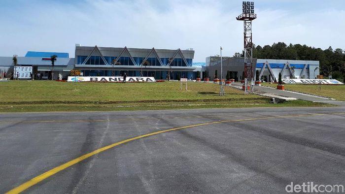 Permak Bandara Silangit, Jokowi: Dulu Terminalnya Kayak Kelurahan
