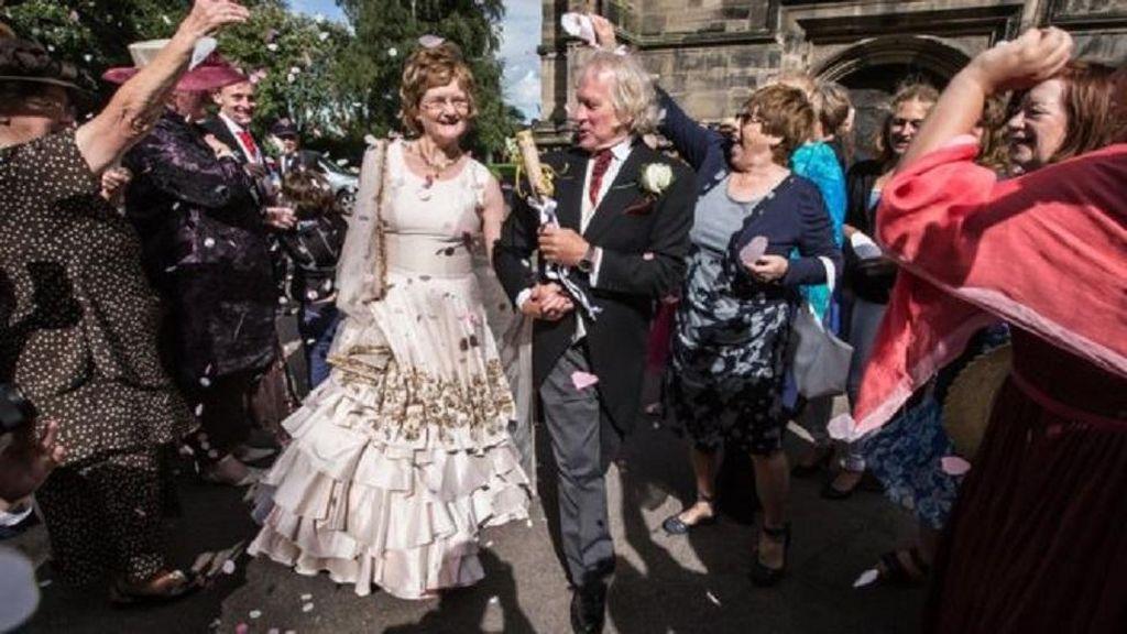 Sempat Terhalang Restu, Pasangan Kekasih Menikah 40 Tahun Kemudian