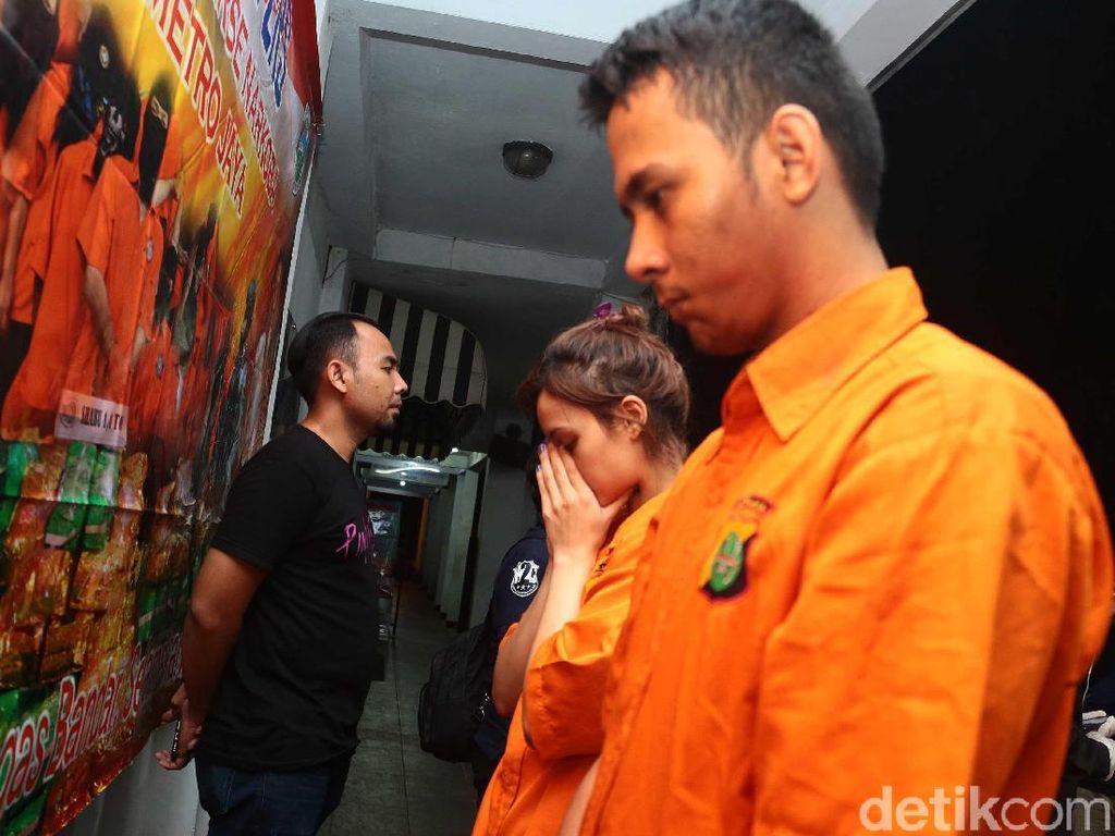 Artis FTV Beli Narkoba, Penjual Kirim via Ojek Online Tanpa Pesan di Aplikasi