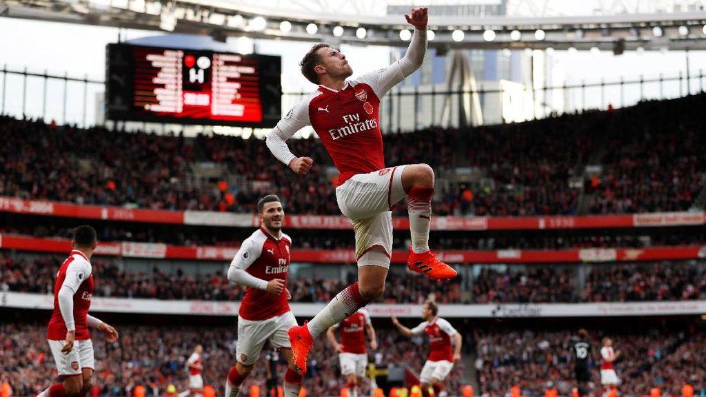 Arsenal Diunggulkan Taklukkan Spurs