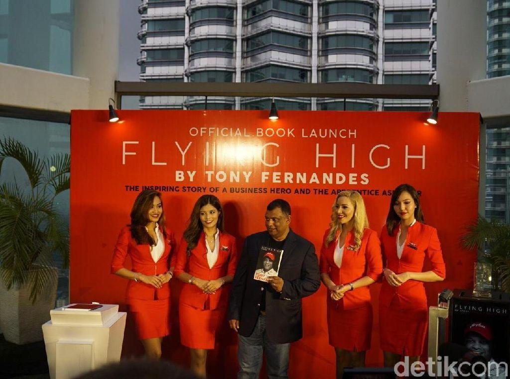 Diduga Terlibat Suap, Tony Fernandes Mundur dari AirAsia