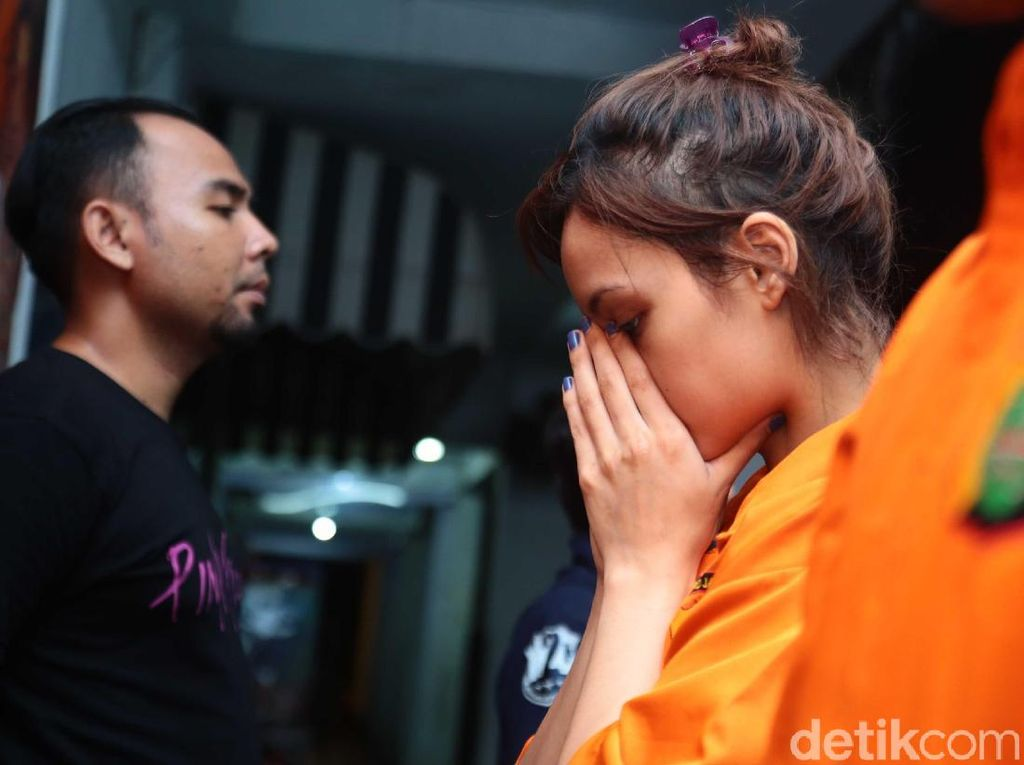 Artis FTV Diciduk Polisi, Agnes Mo Takjub Dengar Merdunya Salawat Sharla