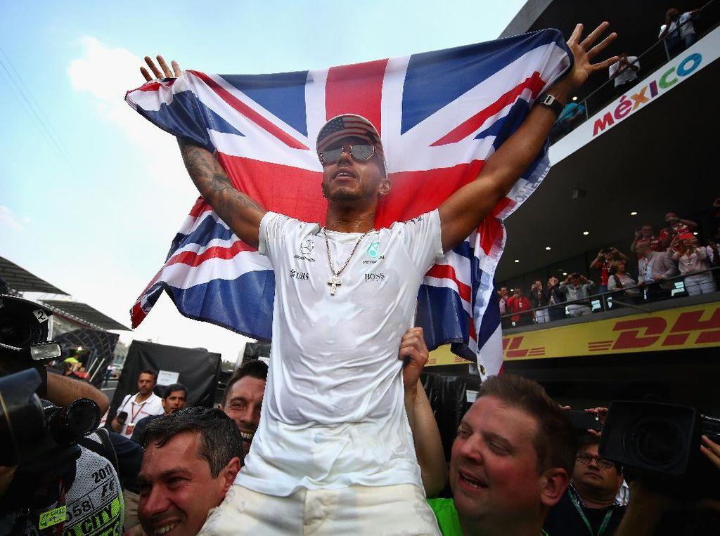 Kunci Gelar Juara, Hamilton: Rasanya seperti Tidak Nyata
