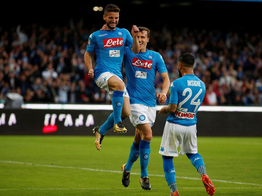 Agar Liga Italia Tak Membosankan, Ronaldo Dukung Napoli Jadi Juara