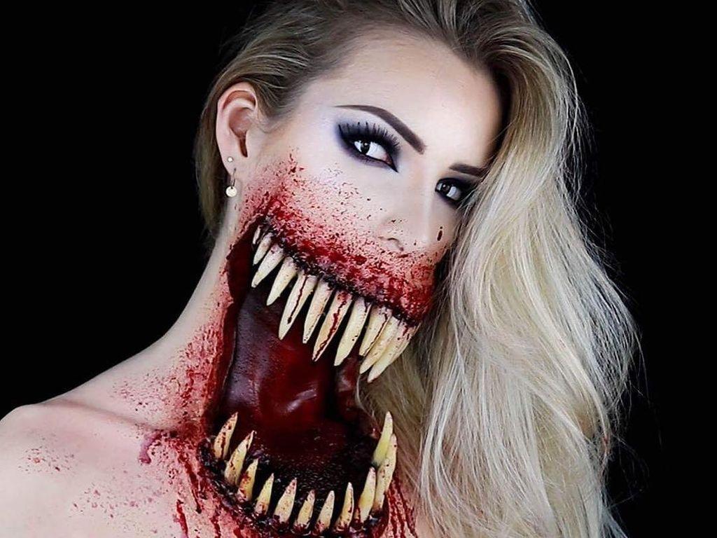 Viral Makeup Halloween yang Bikin Ngeri, Mulut Sobek & Penuh Darah