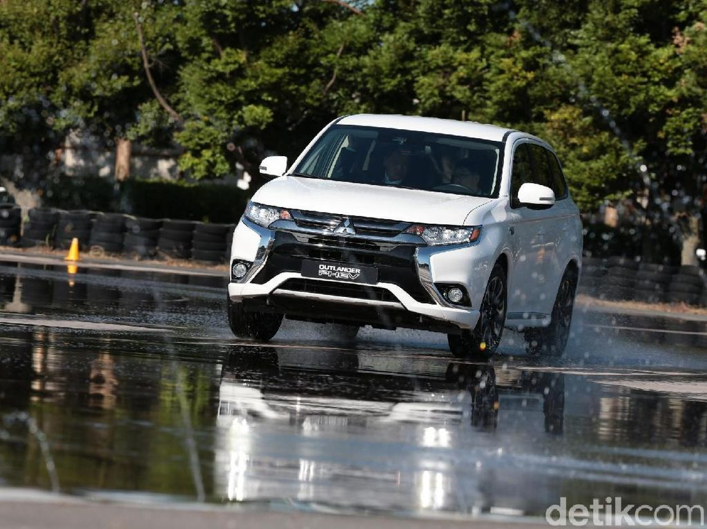Test Drive Mitsubishi Outlander