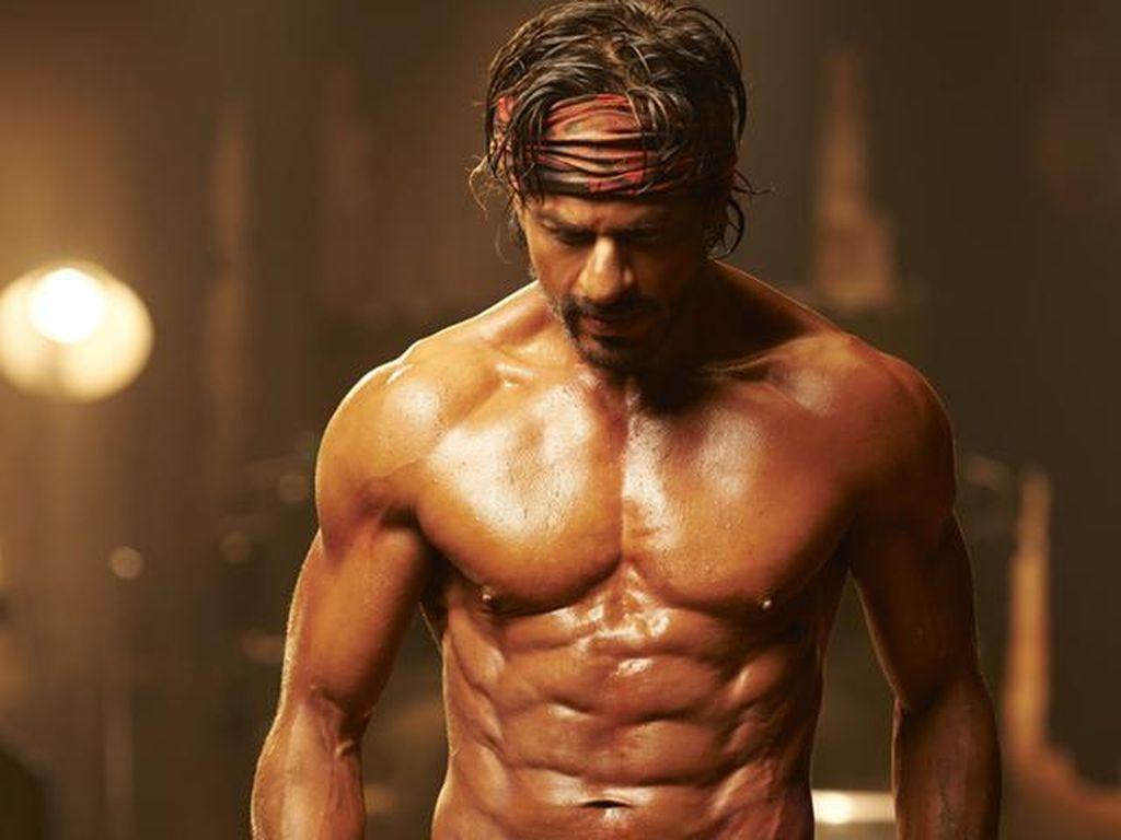 Shah Rukh Khan Marahi Fans yang Ingin Rayakan Ultahnya di Tengah Pandemi