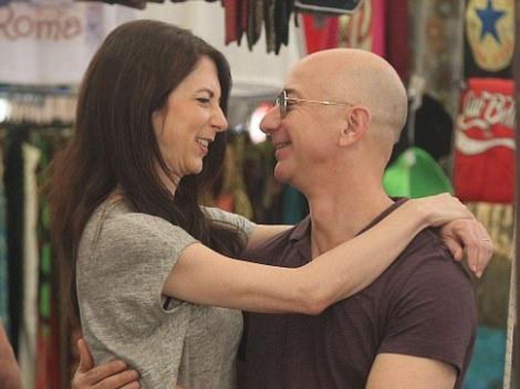 Dari Balik Lensa, Ini Kisah Cinta Pasangan Terkaya di Dunia