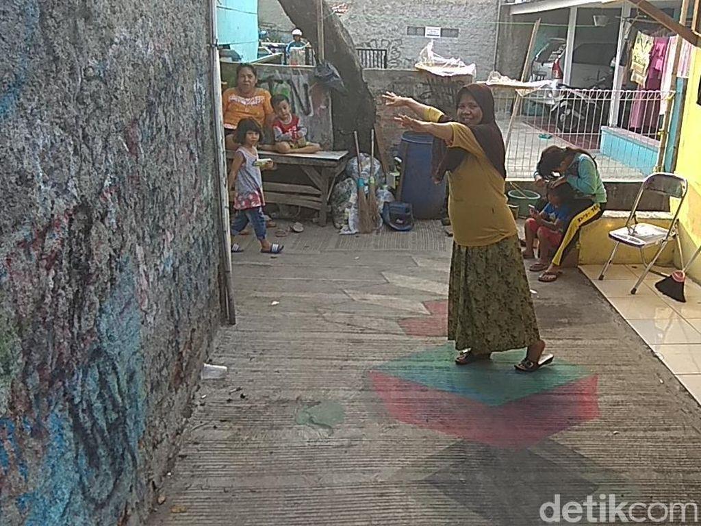 Keren, Buruh di Karawang Hiasi Gang Kampungnya dengan Lukisan 3D