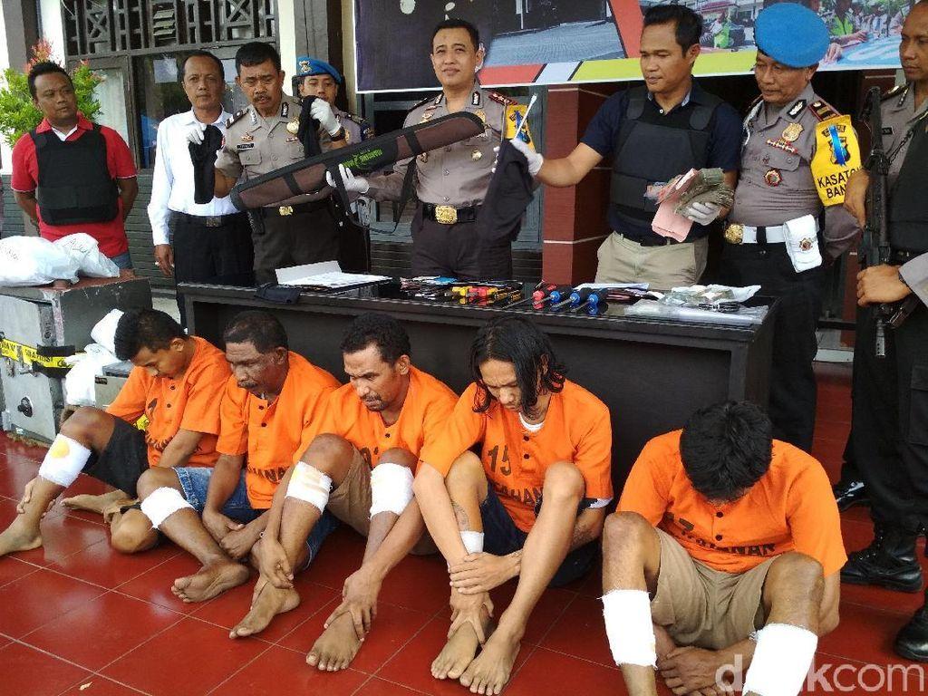 Komplotan Pembobol Brankas 6 SMK di Jatim Ditangkap
