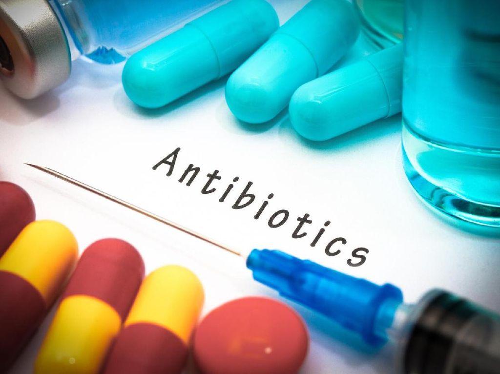 Konsumsi Antibioktik Tingkatkan Risiko Batu Ginjal