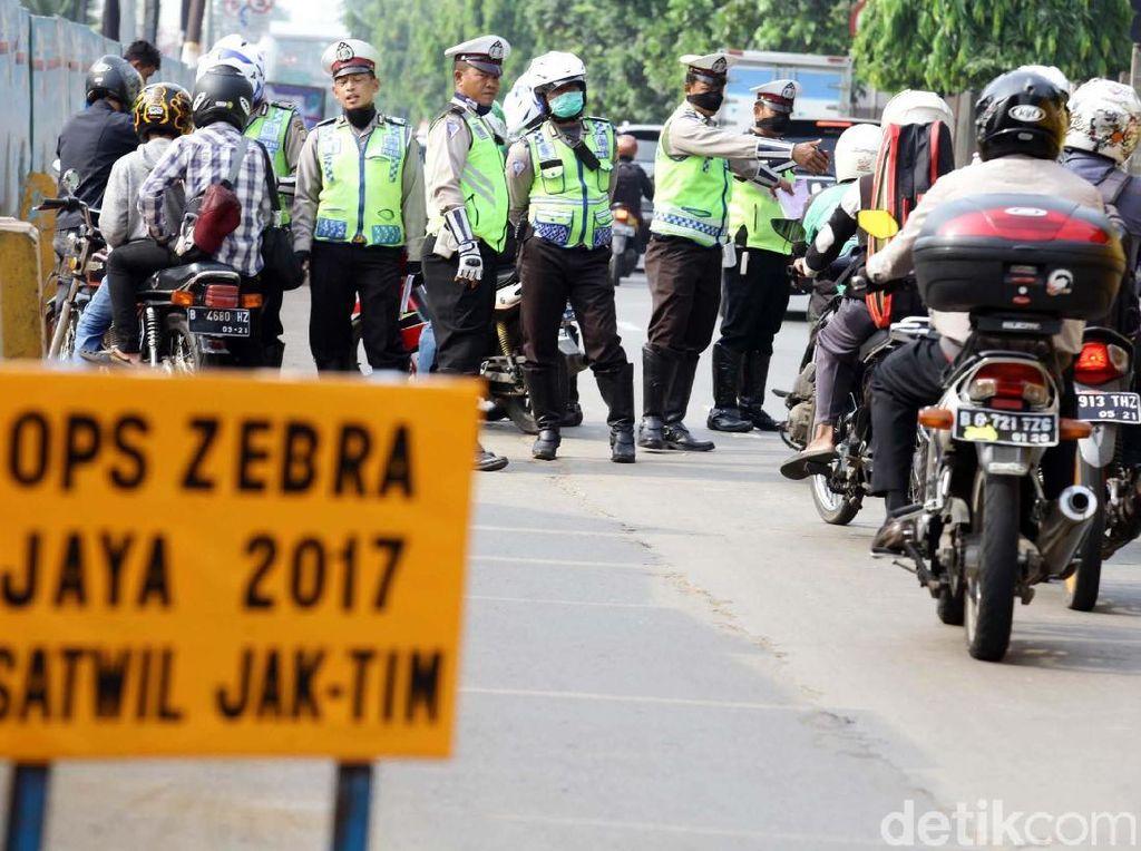 Sejumlah Pemotor Terjaring Operasi Zebra di Jaktim