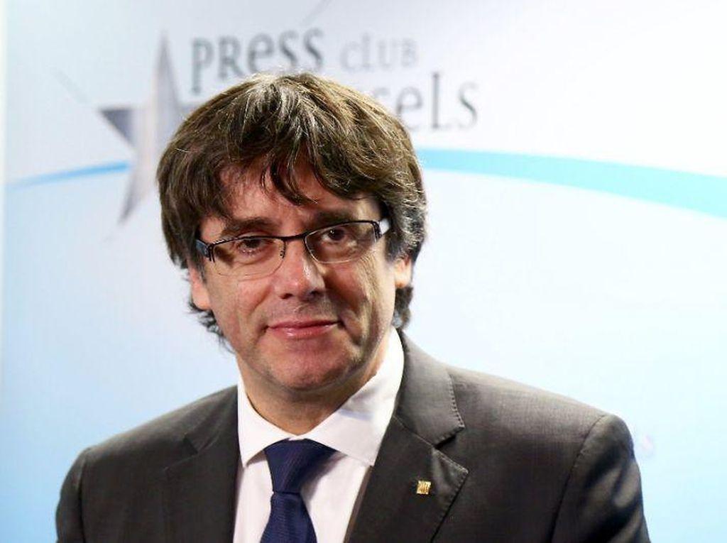 Pemimpin Catalonia Serahkan Diri Ke Otoritas Belgia