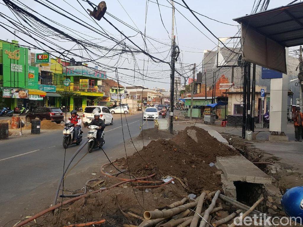 Ini Kata Telkom Soal Kabel Semrawut di Jalan Soehat Kota Malang