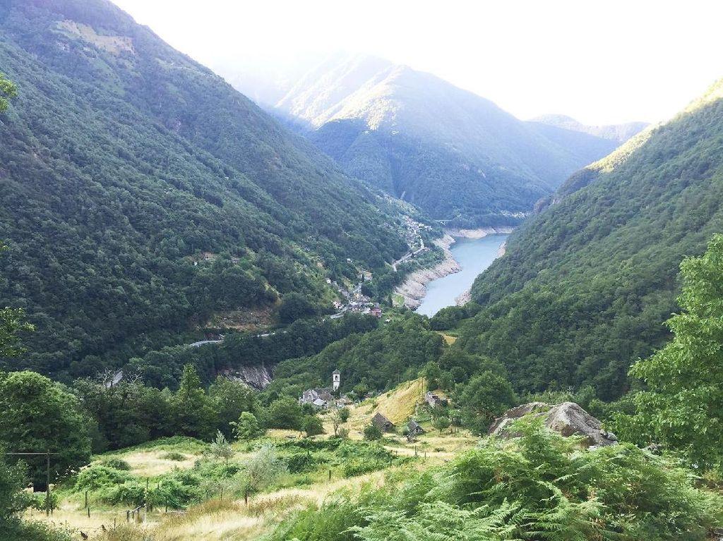 Foto: Desa di Swiss yang Menolak Punah