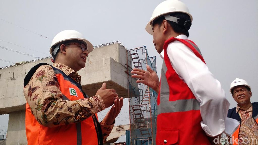 Anies Dampingi Jokowi Tinjau Proyek MRT di HI dan Senayan