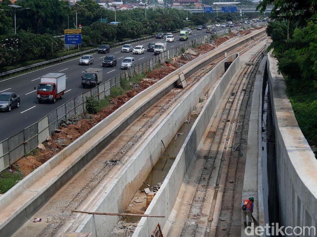 Begini Cara Adhi Karya Kejar Target Pekerjaan LRT Jabodebek
