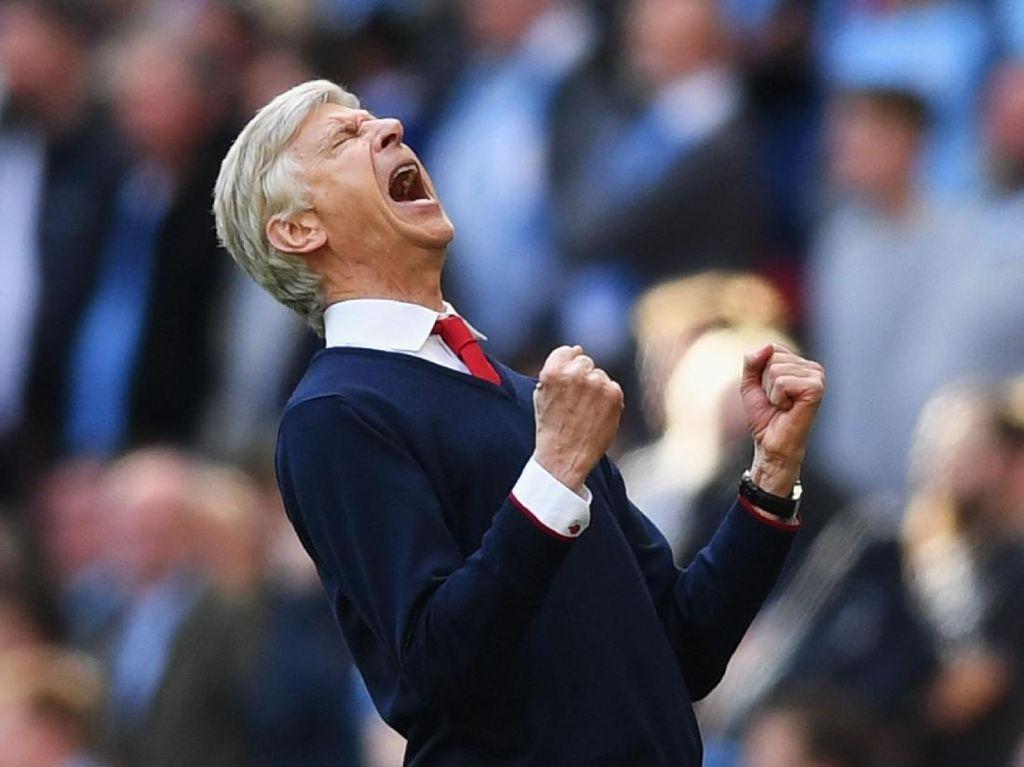 Wenger Pecahkan Rekor Ferguson di Premier League