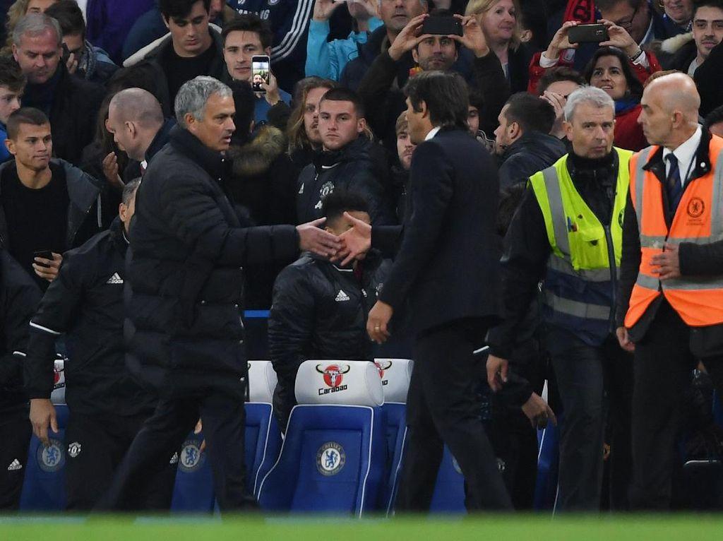 Mourinho Baru Sekali Menang atas Conte