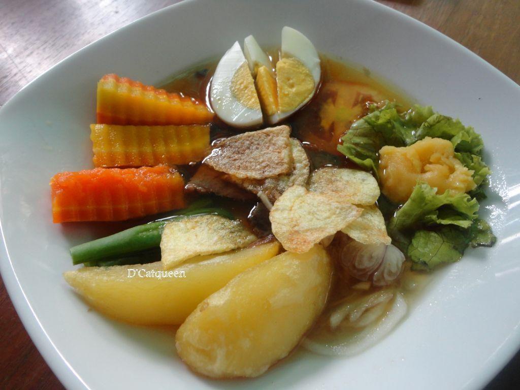 Lezatnya Paduan Biefstuk, Salad dan Sup dalam Seporsi Racikan Selat
