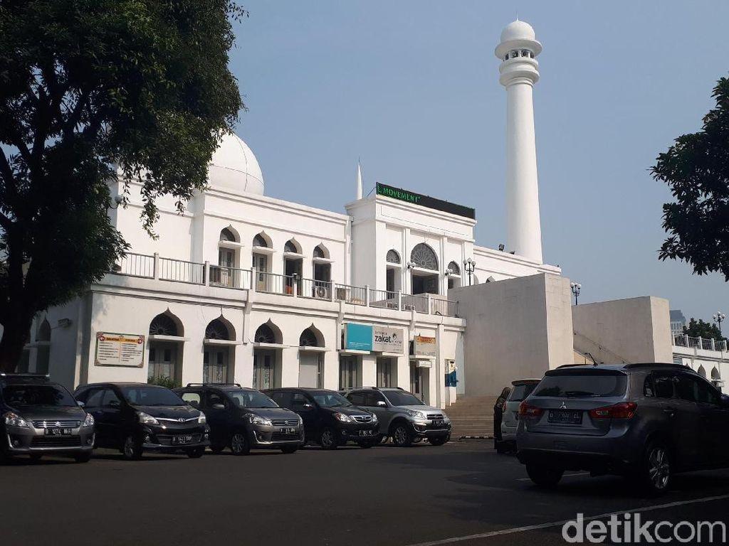 Alumni 212 Tinggalkan Masjid Al-Azhar Usai Peringati 411