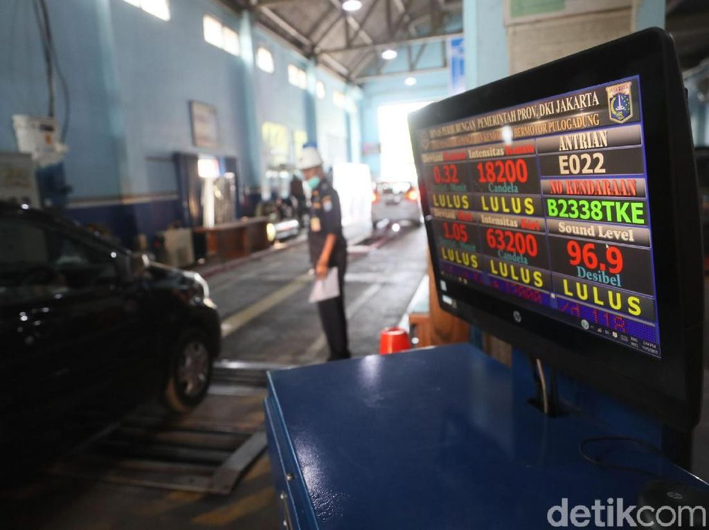 Ribuan Taksi Online di Jakarta Tak Lulus Uji Kir