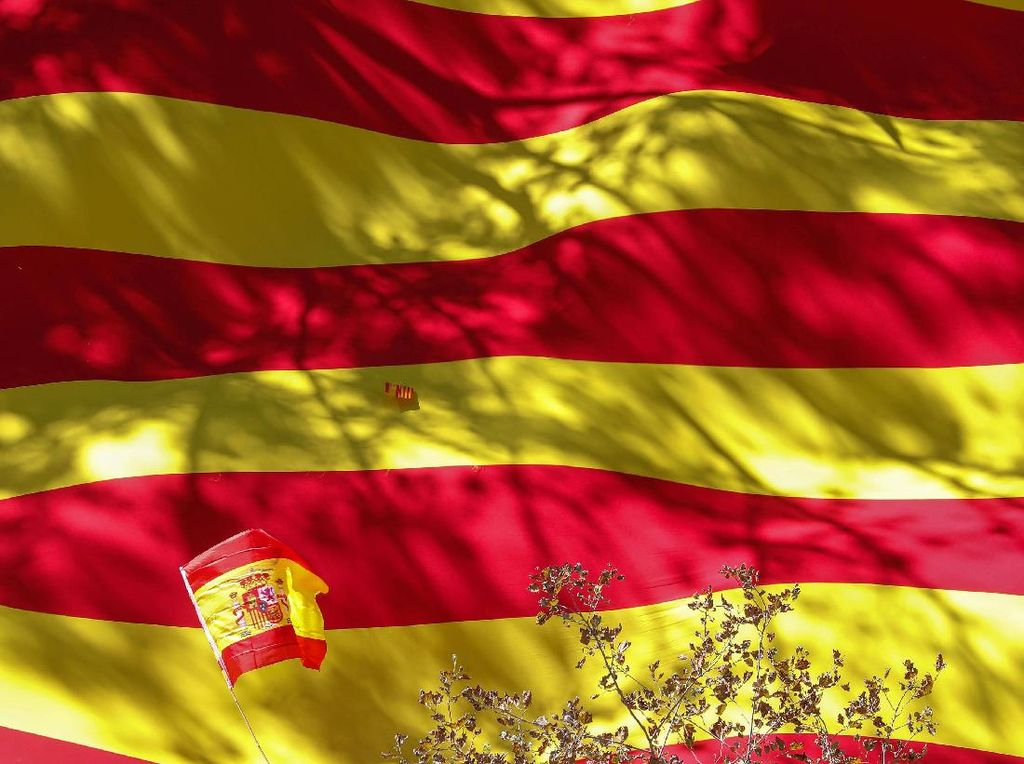 Perusahaan Keamanan di Spanyol Diperiksa Gegara Intai Eks Presiden Ekuador