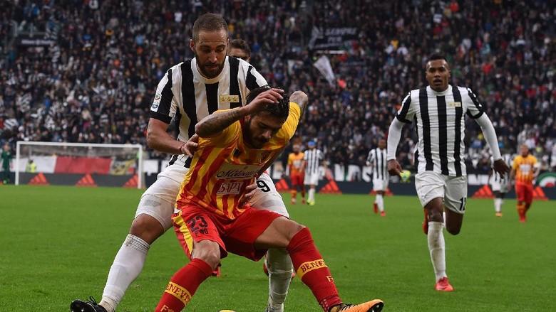 Juventus Direpotkan Benevento, Allegri: Seperti Dikutuk
