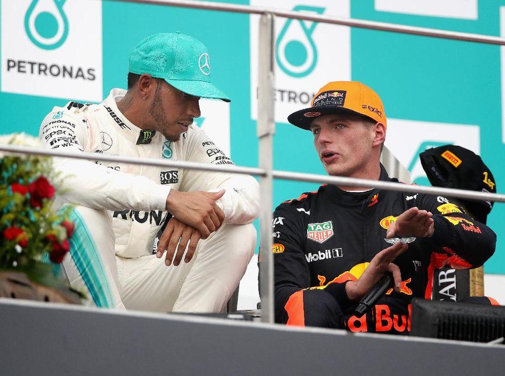 Nantikan Pertarungan dengan Verstappen, Hamilton: Semoga Mesin Red Bull Meningkat