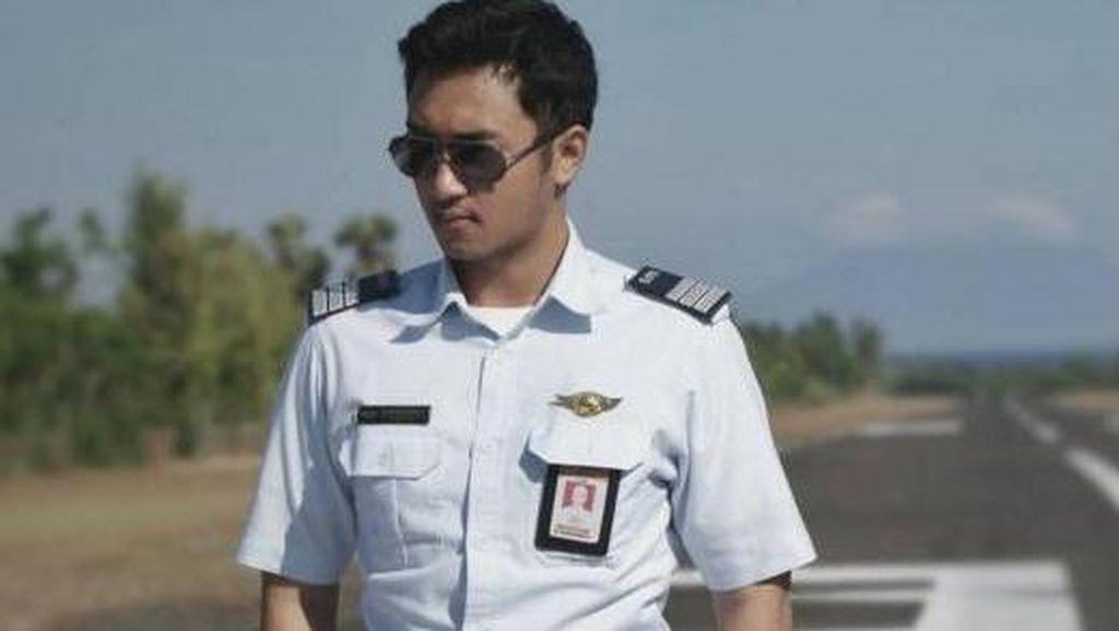 Pilot Ganteng Mantan Pacar Kahiyang Ayu Ternyata Gemar Olahraga