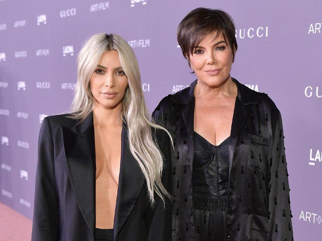 Kris Jenner Berikan Kado Natal Botox Gratis ke Keluarga & Teman