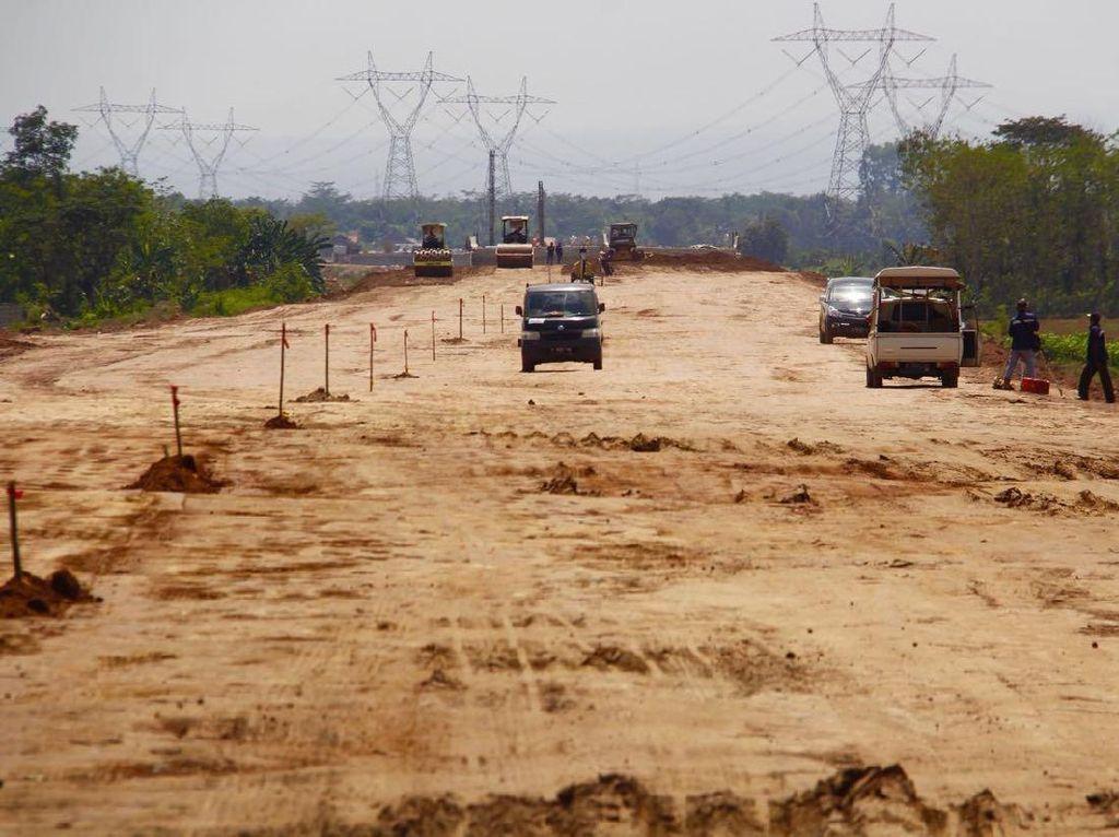 Cara Pemerintah Jokowi Kebut Tol Pemalang-Batang