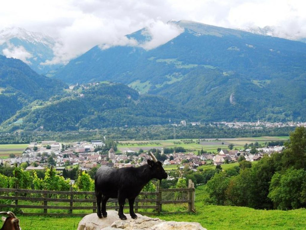 Pemandangan di Swiss Bak Negeri Dongeng