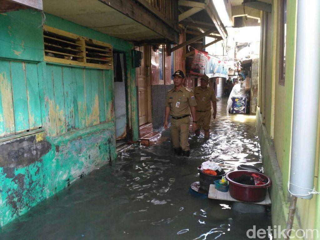 Foto: Rumah-rumah di Luar Batang Terendam Air