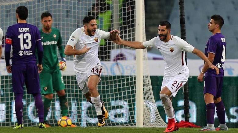 Roma Bikin Rekor Usai Menang di Markas Fiorentina