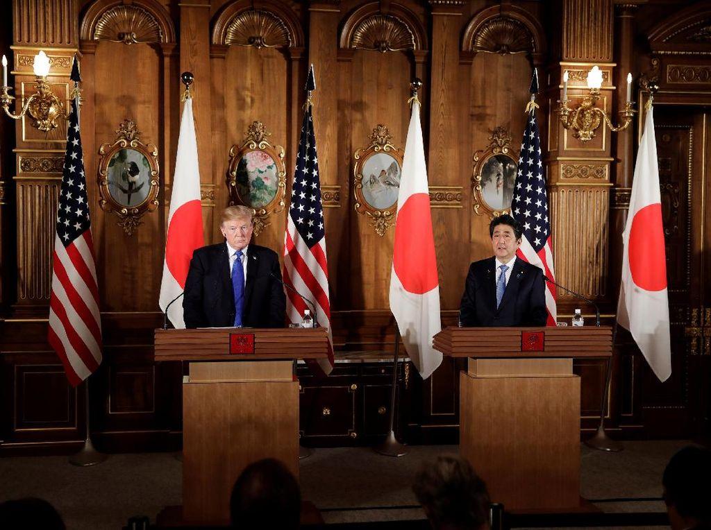 Rentetan Ancaman Bom Muncul Saat Trump Kunjungi Jepang